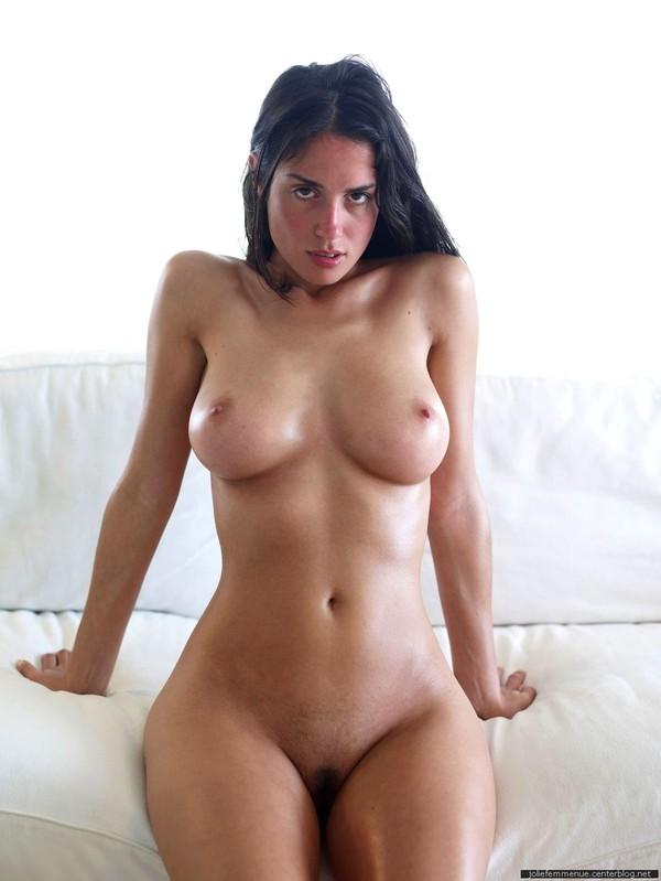tres belle femme nue